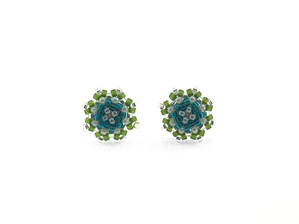 Małe Minty zielono niebieskie kolczyki na sztyfcie