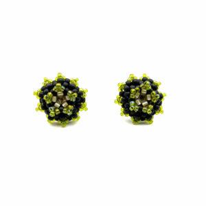 Czarne kolczyki z akcentem zieleni transparentnej