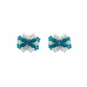 Kokardki biało zielone z koralików na uszy